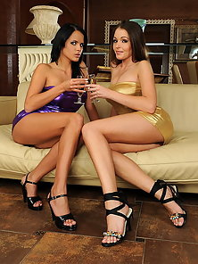 Drunk lesbian busty babes are inserting a bottle - Mobile ...