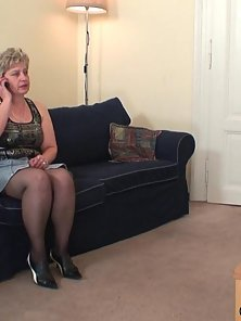 Old babe has been sucking and fucking and now they are cumming on her pretty face