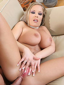 Big Tits Babe Jessica Moore Got Both Holes Hammered by Stiff Dick