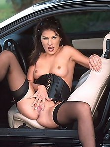 Naughty Laura rubbing her clit in the car