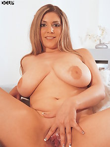 Annie is a Filthy Busty D Cup Babe