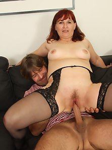 Redhead Granny Getting Humped on Throbbing Dick Dude Indoors