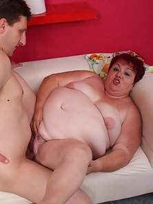Redhead Margaret With Big Tits And Ass Sucking Fat Cock for Cums