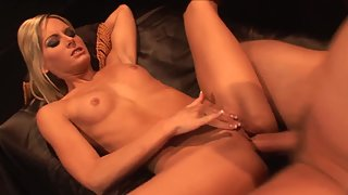 Petite Blonde Girlfriend with Nice Tits is Sucking Mature Dick Before Sex