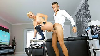 Appealing Blonde Lady with Big Butt Getting Doggy Style Rammed