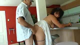 Buxom Lady with Big Ass Gets Seduced and Fucked by Old Dude