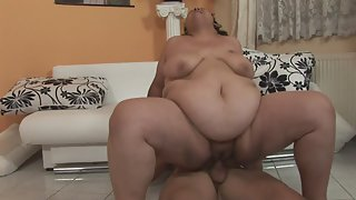 Big Ass Brunette MILF is Fucking With Young Dude